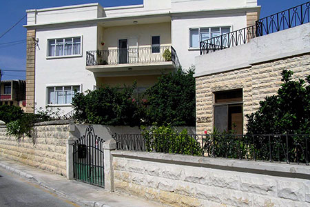 ec-english-language-centres-malta-housing-family-3.jpg