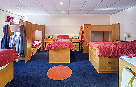 bedes-summer-school-windlesham-england-worthing-accommodation-1.jpg
