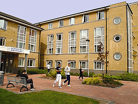 camp-arsenal-soccer-school-uxbridge-great-britain-london-accommodation-1.jpg