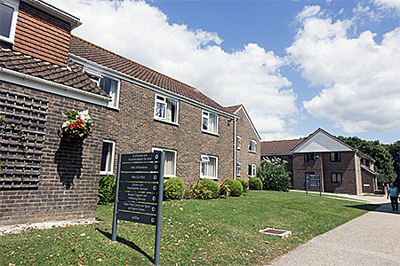 camp-atlas-language-school-united-kingdom-chichester-accommodation-1.jpg