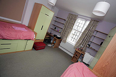 camp-bell-the-leys-school-united-kingdom-cambridge-accommodation-1.jpg