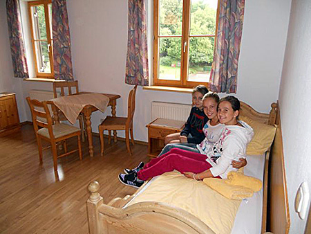 camp-humboldt-institut-germany-lindenberg-accommodation-2.jpg