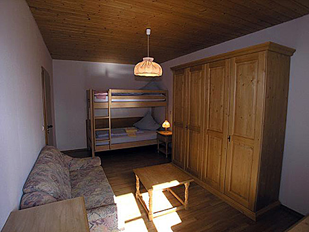 camp-humboldt-institut-germany-lindenberg-accommodation-5.jpg