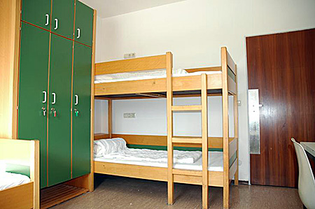 camp-humboldt-institut-germany-munich-accommodation-2.jpg