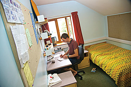 camp-kings-summer-bournemouth-united-kingdom-bournemouth-accommodation-2.jpg