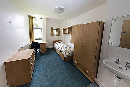 camp-kings-summer-united-kingdom-bath-accommodation-1.jpg