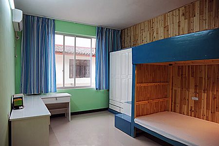 camp-omeida-chinese-academy-china-yangshuo-apartment-1.jpg