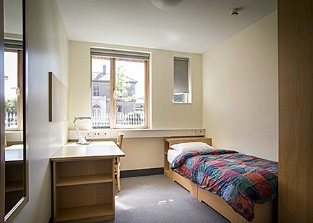 eci-trinity-college-ireland-dublin-accommodation-1.jpg