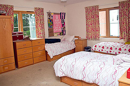 kaplan-england-salisbury-accommodation-1.jpg