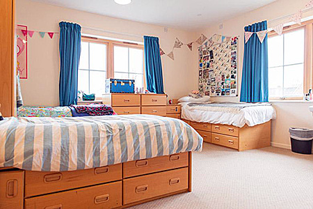 kaplan-england-salisbury-accommodation-3.jpg