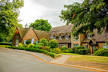 wimbledon-school-of-english-united-kingdom-long-sutton-accommodation-3.jpg