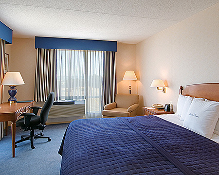 embassy-usa-boston-doubletree-club-1.jpg