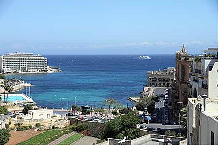 english-communication-school-malta-sliema-accommodation-6.jpg