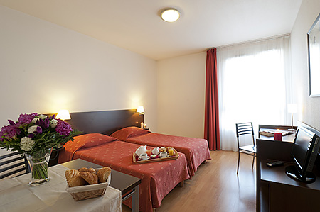 france-langue-france-paris-accommodation-6.jpg