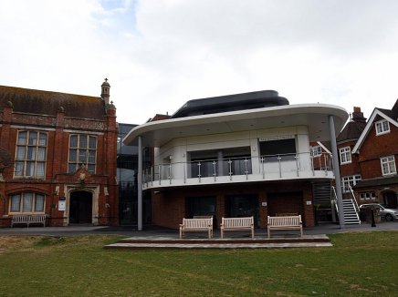 ELAC Eastbourne College