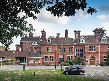 Kingswood Grosvenor Hall